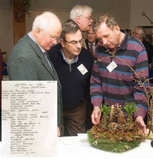 Gerrit Mengerink had weer prachtig bloemstuk gemaakt