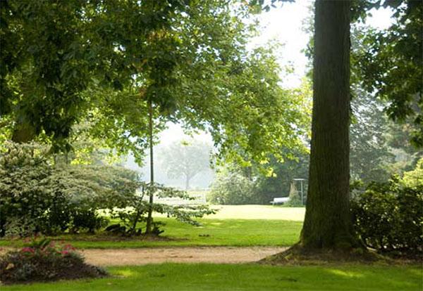 Een sfeerbeeld in kasteeltuin Wasserschloss Lembeck